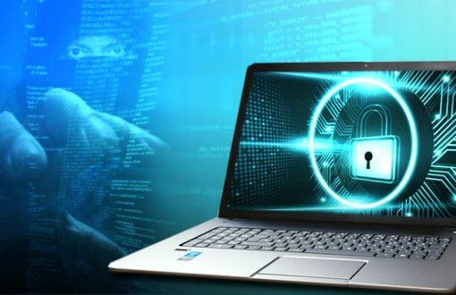 كيفية الحماية من برامج الفدية الضارة لأجهزة الكمبيوتر التي تعمل بنظام Windows 10
